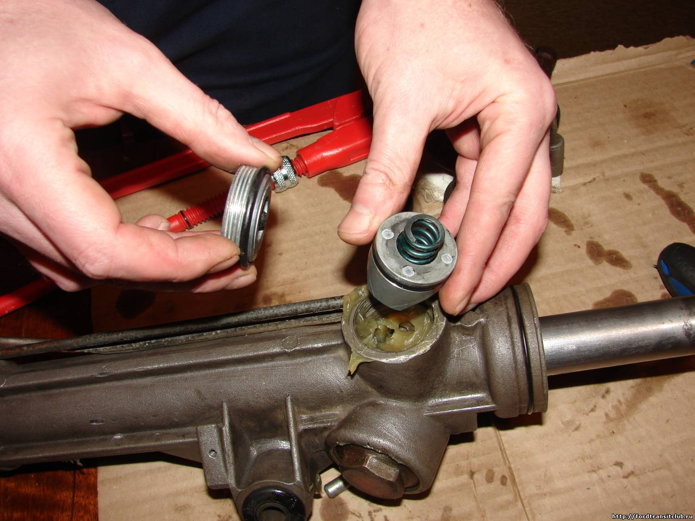 Регулировка рулевой рейки своими руками